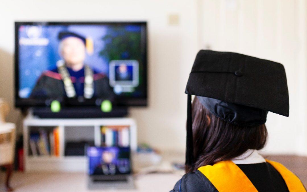 Online otthonoktatás – ideiglenes tűzoltás vagy a jövő útja?